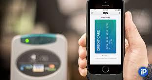 <b>Чехол Incipio</b> Cashwrap с поддержкой NFC позволяет ...