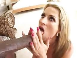 istri hot menikmati kontol hitam besar di vagina ( cuckold ) - 7731