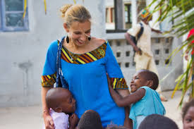 care volunteer abroad children projects abroad volunteer work children in orphanages and care centres