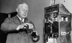 「Canned beer makes its debut on this day in 1935」の画像検索結果