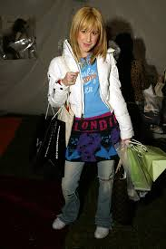 Image result for ashley tisdale 2000s fashion