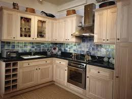 kitchen paint colors with cream cabinets: kitchen paint color ideas with cream cabinets kitchen cabinets idea