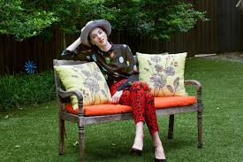 tones um skinmac skin tone when it es to day makeup the singer st vincent said she