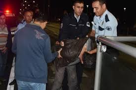 Polis aracına çarpan rögar kapağı hırsızı yakalandı
