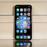 Annoying New Bug Prevents People from Using the iPhone X as a Phone