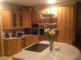wall color ideas oak: gallery of luxury kitchen wall color ideas with oak cabinets think carefully done picture of new in decor ideas kitchen wall colors with honey oak
