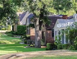 lake highlands the best neighborhoods in the dfw metroplex lake highlands scene 2