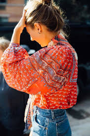 Embrace <b>bohemian style</b> with a '70s-inspired <b>printed</b> top and denim ...