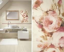 Нежность пудровых роз в традиционной ванной комнате на ...