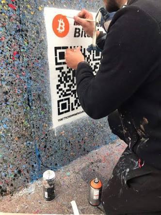 Seniman Jalanan Ini Jadi Jutawan, Berkat Pasang QR Code di Muralnya