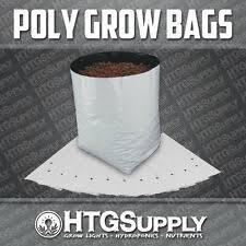 1/<b>2 Gallon Black</b> Plastic Garden Baskets, Pots & Window Boxes for ...