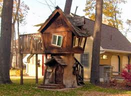 Historical Tree House  Fort  Restaurant  amp  Resort Designstree house postmodern humor