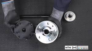 <b>Removal and</b> fitment <b>wheel bearing</b> Generation 2.1 - NTN-SNR ...
