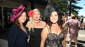 illawarra celebrates melbourne cup day 2016 photos video dina pennimpede jackie jankuloska and jenny dibella at the lagoon restaurant