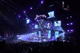 CT chooses digiLED MC7 LED screens for <b>Pink's</b> '<b>Truth About</b> Love ...