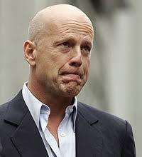 Action-Star Bruce Willis weint wie ein Baby - Action-Star_Bruce_Willis_weint_wie_ein_Baby-Gefuehlsausbruch-Story-55017_200x220px_2_PLl8mfgEOxcRg