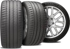 The <b>Michelin Pilot Sport</b> Buyer's Guide | Discount Tire