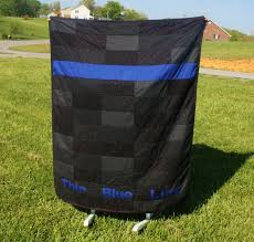 police leo thin blue line quilt by pinkelephantquilts on i am so excited to finally be able to offer this quilt for i love being able to combine my passions thanking and honoring ou