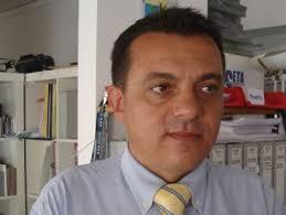 Angelo Storari. Prosegue la raccolta firme per la sottoscrizione delle candidature alla Camera e Senato dei rappresentanti del Movimento 5 Stelle alle ... - storari1