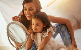 Доказано: 5 причин, почему <b>косметическое зеркало</b> лучше ...