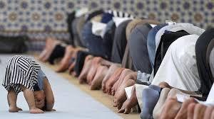 Resultado de imagen de musulmanes rezando