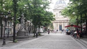 THE 10 CLOSEST Hotels to La Statue <b>d</b>'<b>Auguste</b> Comte, Paris ...
