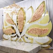 China <b>2019 Hot Sale</b> Decorative Wall Wedding Stage Decoration ...
