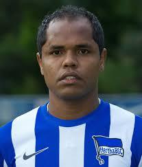 Vorname: Ronny Heberson Furtado. Nachname: de Araujo. Position: Mittelfeld. Rückennummer: 12. Aktueller Verein: Hertha BSC. Im Verein seit: 2010 - 64343_29_2012713104428879