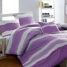 purple bedroom design ombre effect