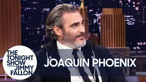 Joaquin Phoenix Is Trying to Quit Smoking with Hypnosis - YouTube