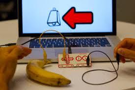 makey makey banane eingabegerät taste lost in drones