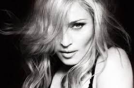 <b>Madonna</b> - <b>Something</b> to remember текст песни(слова) lyrics