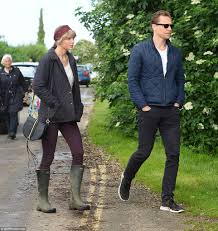 england style steps: his n hers taylor and tom seem to sport almost matching styles during