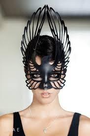 Resultado de imagen de máscara de cuervo