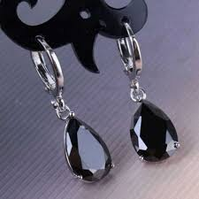 Романтические <b>серьги кольца с черными</b> каплевидными каплями ...