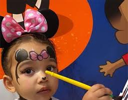 Inside Chicago West's Magical <b>Minnie Mouse Birthday Party</b> | E! News