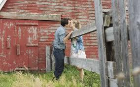 Risultati immagini per darsi un bacio