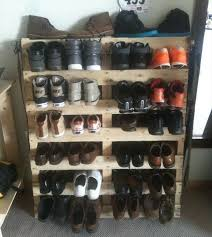 1000 ideas about shoe rack pallet on pinterest wood shoe rack shoe racks and pallet furniture buy pallet furniture design plans