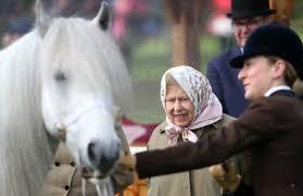<b>Queen</b> Elizabeth Spotted <b>Riding</b> a <b>Horse</b> Like a Boss | CafeMom.com