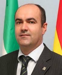 En este momento Manuel Sánchez Pérez, representante de la Asociación de Empresarios del Mármol de Andalucía, ha tenido el valor de aceptar el cargo de ... - Manuel_Sanchez