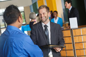tips for getting the most out of a job fair how to introduce yourself at a job fair