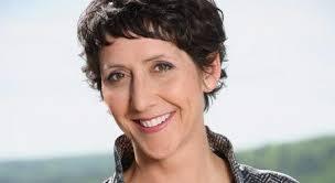 Monika Schärer wird ab Januar 2014 rund ein Jahr lang den Vorabend auf Radio-SRF-2-Kultur moderieren. Wie SRF am Montag mitteilt, verstärkt die langjährige ... - sch%25C3%25A4rer