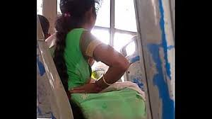 Tamil aunty mulai - XNXX.COM