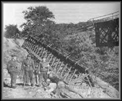 Αποτέλεσμα εικόνας για ανατίναξη της γέφυρας του Γοργοποτάμου