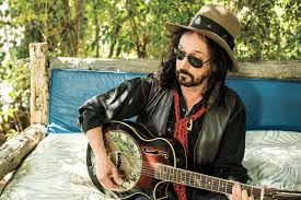 After <b>Tom Petty</b>, Mike Campbell's New Band Is Fleetwood Mac ...