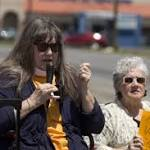 On Columbine anniversary, group rallies against gun violence
