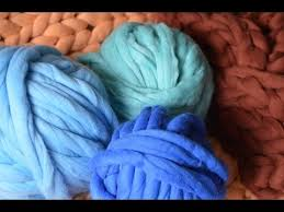 How to <b>felt</b> super chunky Merino <b>wool</b>. BeCozi - YouTube