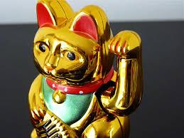 Le chat en Asie : Chine, Thaïlande, Japon. Images?q=tbn:ANd9GcRRwogtUu3cOU6JdrMHoTip0hfYyiab54l7qipmwrYEzKun0hxXzw