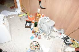 60 craigslist killer crime scene photos mlive com crime scene photos from brady oestrike s home in wyoming where he held brooke slocum captive for five days before killing her and then killing himself after