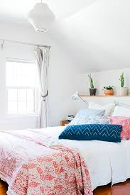 1000 ideas about white bedroom curtains on pinterest small white bedrooms bedroom curtains and bedroom interiors bedroom white